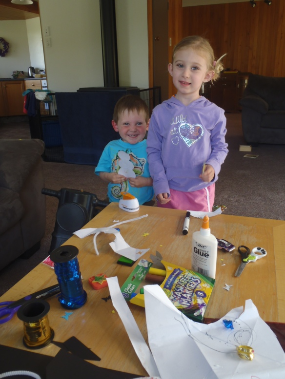 It's a long drive up to Wharariki, so we stopped overnight with our friends the Jordans.  Audrey and Milo had almost as much fun as Molly making Christmas tree ornaments at their place.